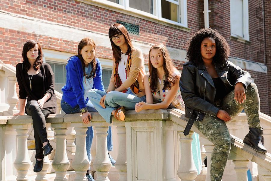 Recensie Cool Girls Cinemagazine