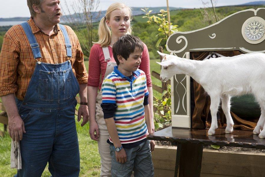 Recensie Fergie, de kleine grijze tractor en de dansende geit Cinemagazine