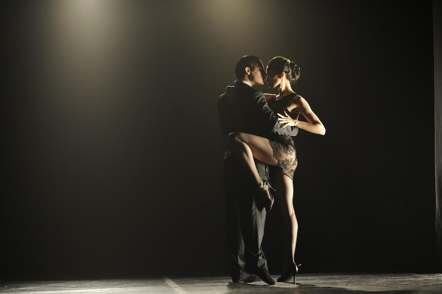 Recensie Ultimo tango Cinemagazine