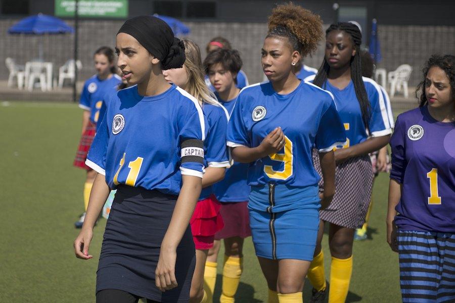Recensie Voetbalmeisjes Cinemagazine